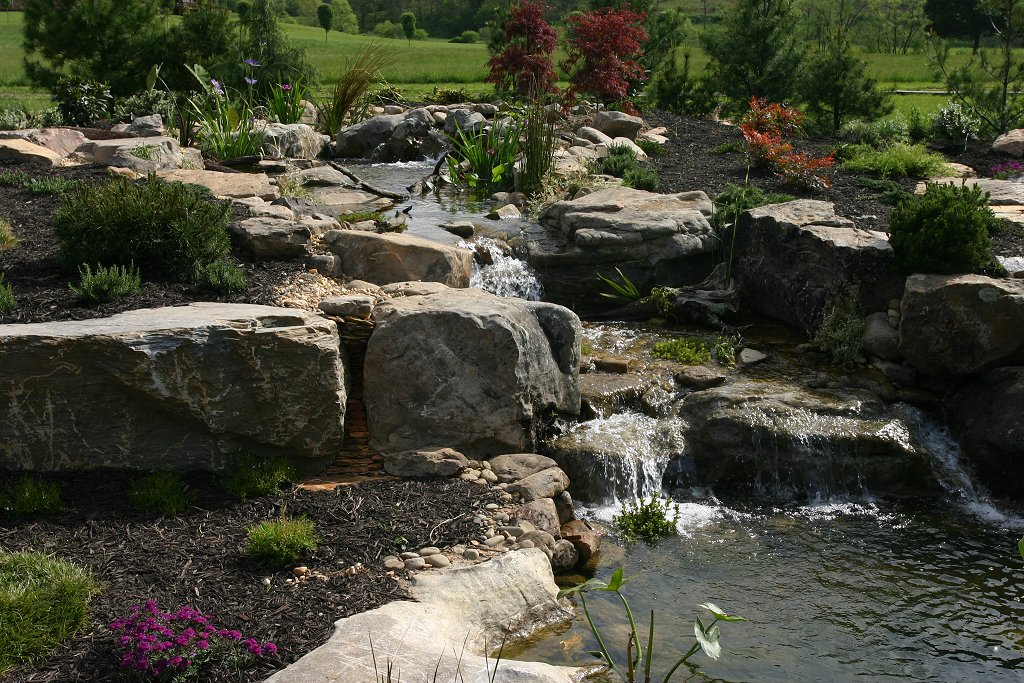 Pond Design Installation Elburn St Charles Huntley S Barrington Shamrock Landscaping